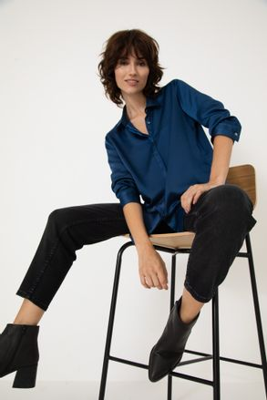 Camisa-Sedita-Emilia-Azul-Marino-01